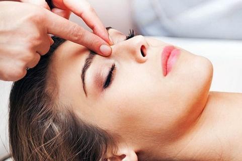 процедура точечного массажа