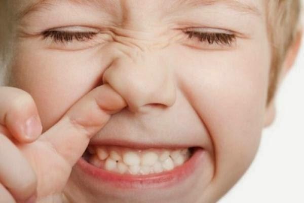 ребенку что-то мешает в носу