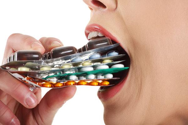 таблетки во рту