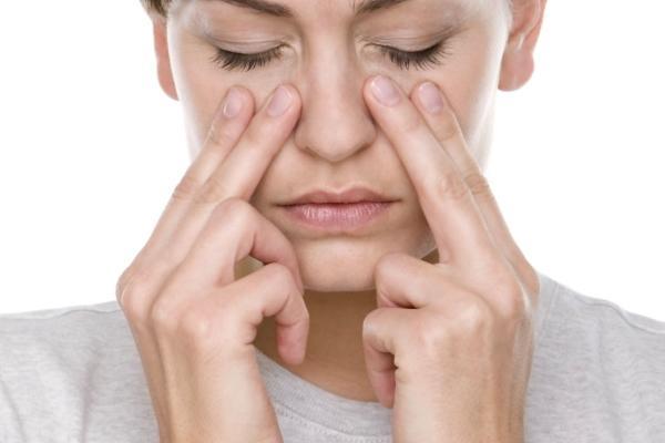 точечный массаж для носа