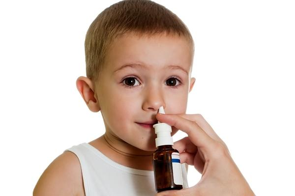 Заложен нос у ребенка: чем лечить в домашних условиях