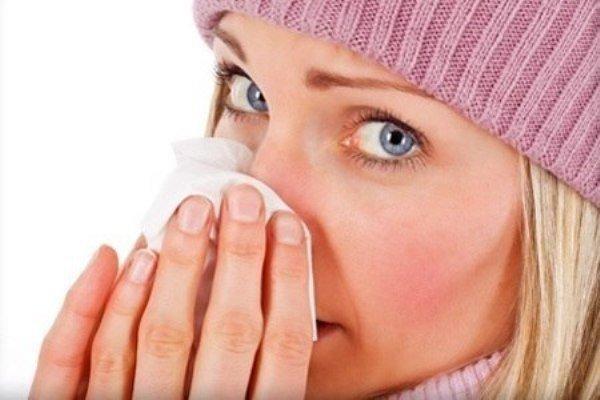 Чем снять отек носовых пазух и лечение желтых выделений при гайморите