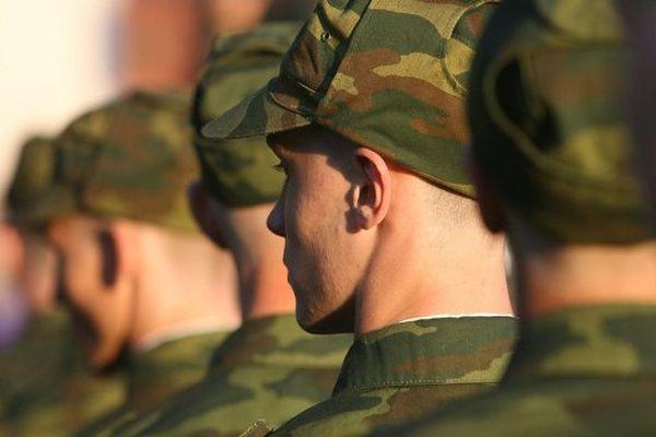 ринит у военного