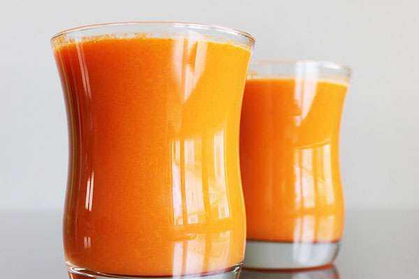Морковный сок в банке