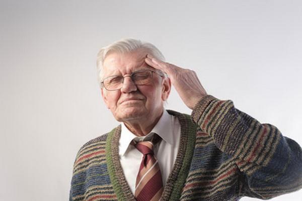 у дедушки склероз