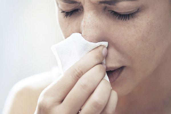 заложенность носа у женщины