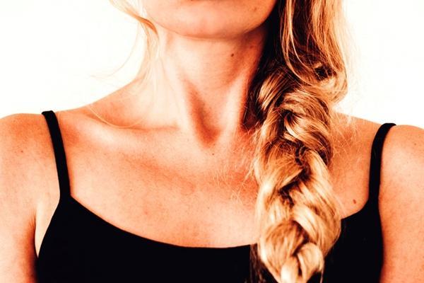 у девушка воспаленные лимфоузлы на шее