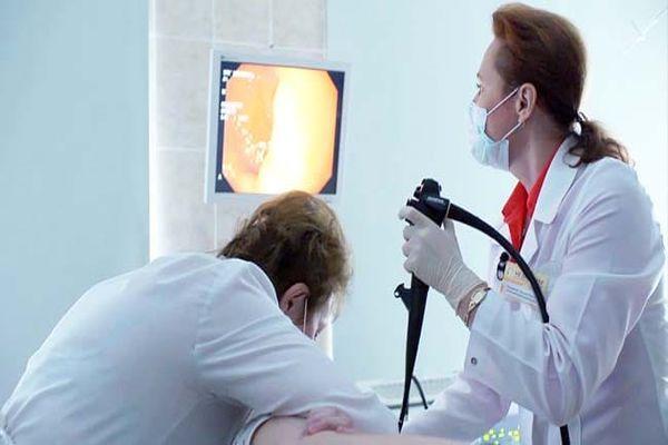 После ФГДС болит горло: что делать, если от гастроскопии больно глотать