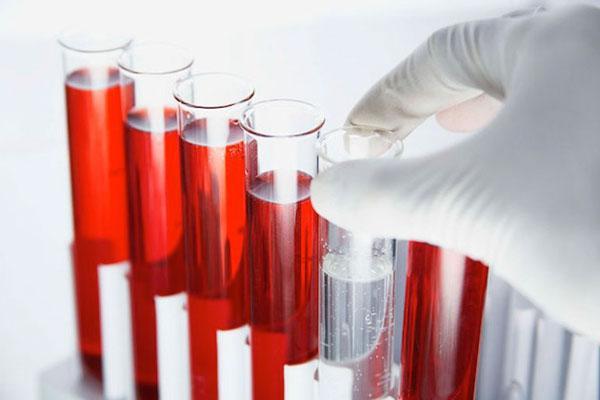 кровь в пробирках