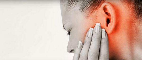 Может ли ангина дать осложнение на уши