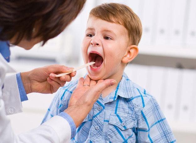 ребенок у доктора