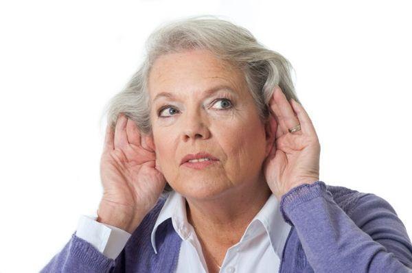 Глухота у женщины