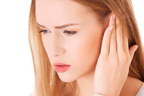 Борный спирт в ухо для лечения отита