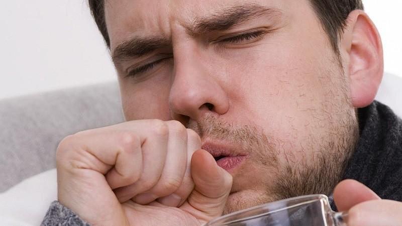 кашель у человека