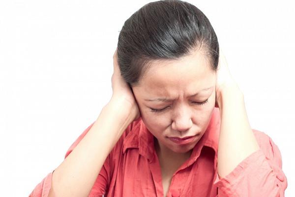 мастоидит у женщины