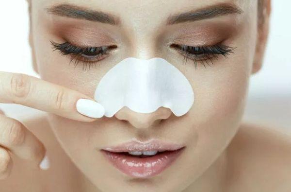 Пластырь на носу