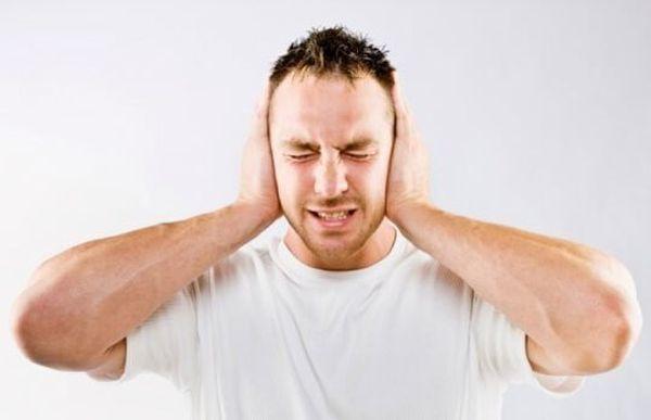 Шум в обоих ушах