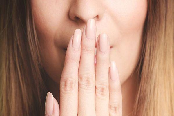 Пробки в горле — как избавиться