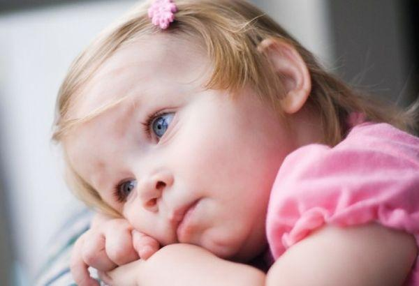 Если у ребенка заболело ухо первая помощь