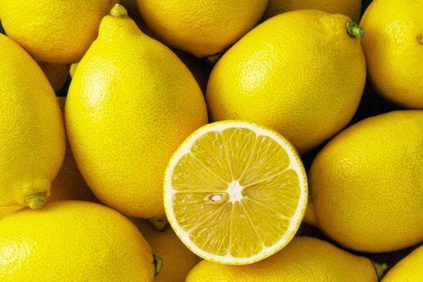 лимоны разрезанные