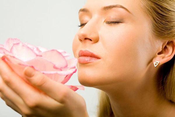 запах цветка