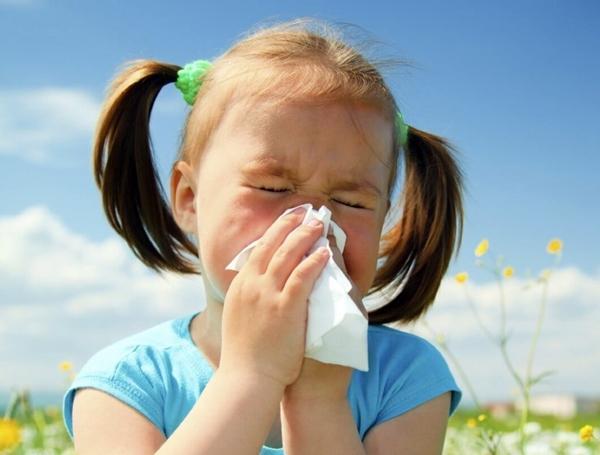 аллергический насморк ребенка
