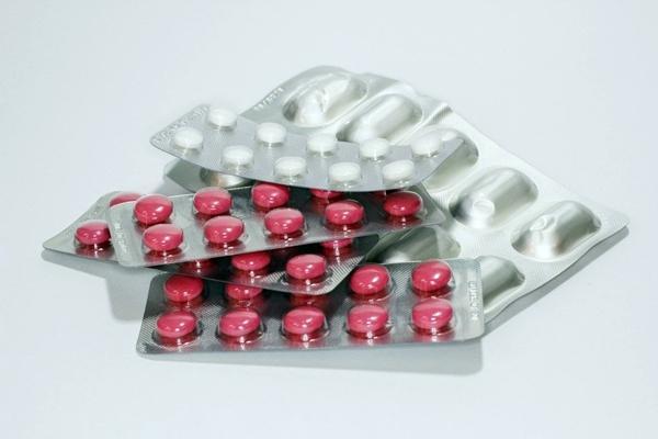 пластинки таблеток