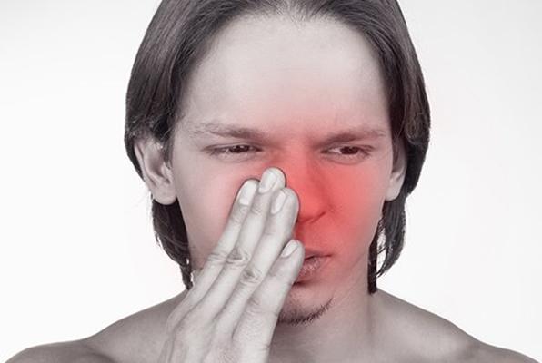 жжение в носу у мужчины
