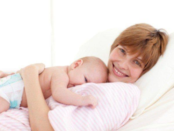 женщина с грудничком