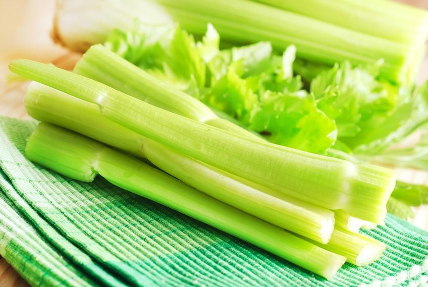 зеленый Сельдерей